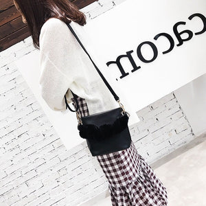 fur bag bucket bag black bag edgability model view