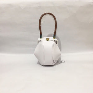round bag white bag edgability front view