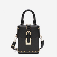 black box bag with buckle egdability