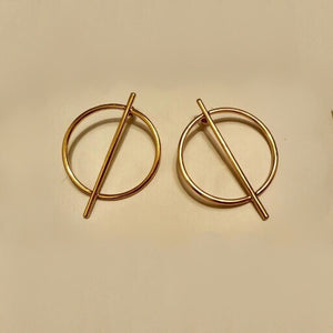 gold trendy earrings geometric jewelry edgability