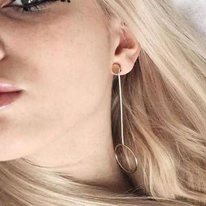 gold earrings drop earrings edgability model view