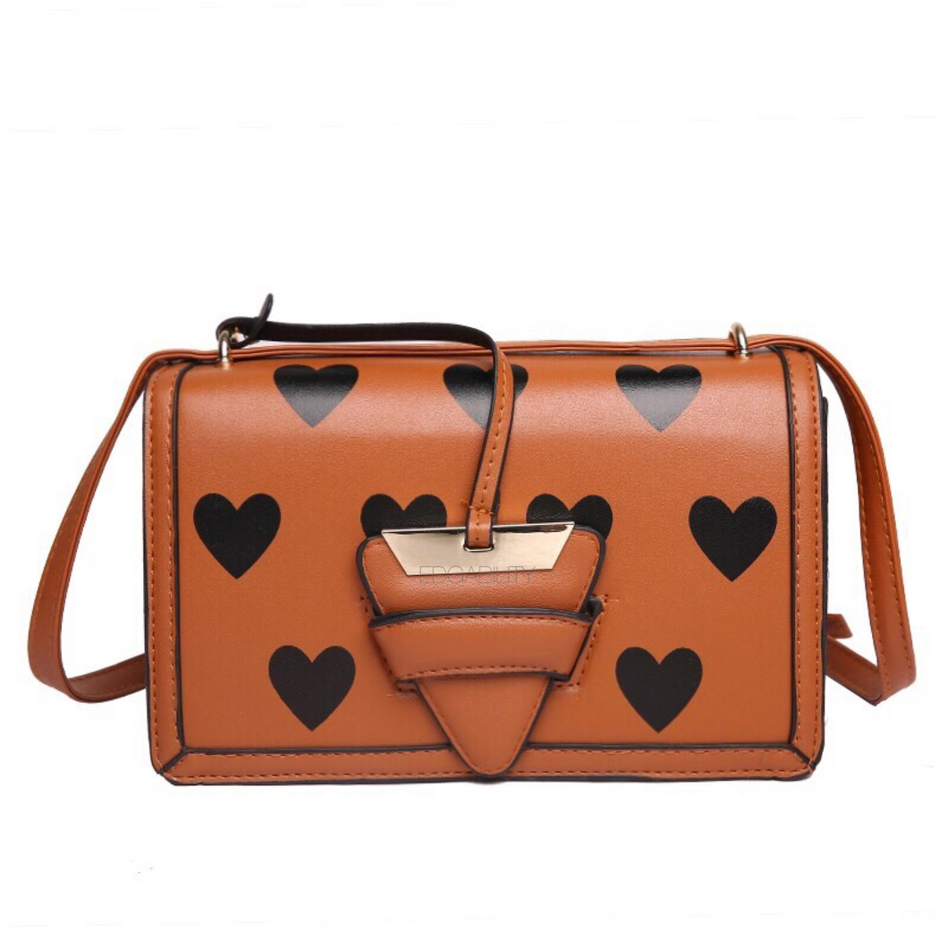 hearts tan bag trendy bag edgability