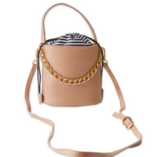 bucket bag classy bag edgability front view
