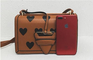 hearts tan bag trendy bag edgability front view