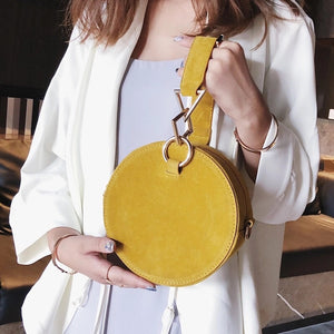 round bag yellow bag sling bag box bag edgability model view