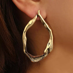 rose gold hoops earrings edgability model view