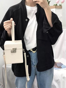 classy white box bag vintage sling bag edgability model view