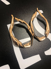rose gold hoops earrings edgability top view