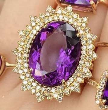 Amethyst Queen's Oval Diamond Ring