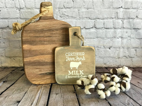 DECORATIVE CUTTING BOARD - CERTIFIED FARM FRESH MILK