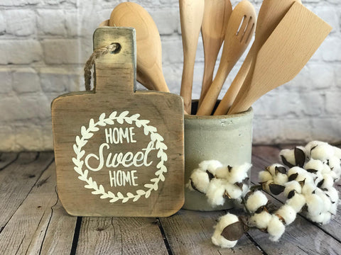DECORATIVE CUTTING BOARD - HOME SWEET HOME