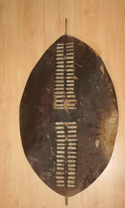 19th Century Zulu Regimental War-Shield, Umbhumbhulozu