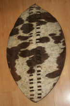 Spectacular 1879 Period Regimental Zulu War Shield, Umbhumbulozu Pattern