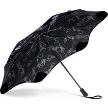 Load image into Gallery viewer, Blunt Karen Walker 2019 Grandmaster Metro Umbrella Ebony Under View