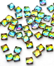 Square Flame Crystals 4 x 4 mm - 10 Pack