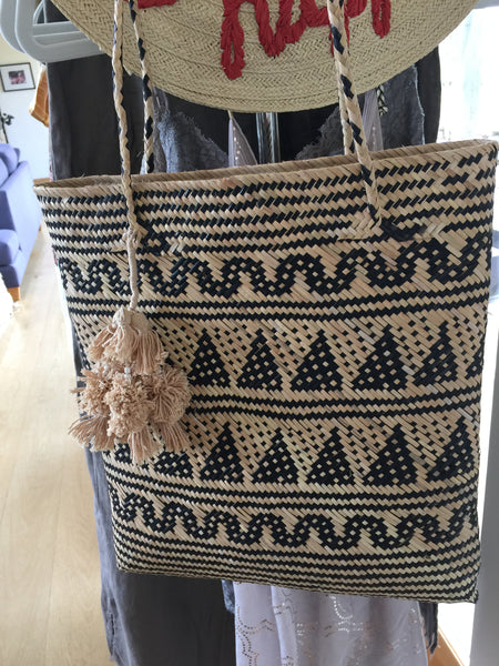 Hutan Shopper from Beachgold - cactus + olives