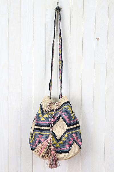 Large Drawstring Wayuu bag