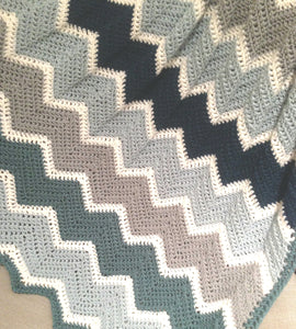 Blanket in Crocheted Chevron Pattern (Pattern Downloads)
