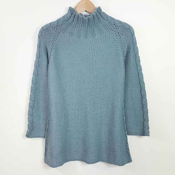 Women's Sweater in Chunky Top Down Style