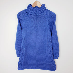 Women's Sweater in Chunky Top Down Style with Basketweave Trim