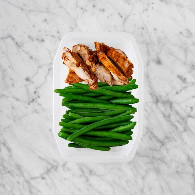 100g Chipotle Chicken Thigh 100g Green Beans 100g Green Beans