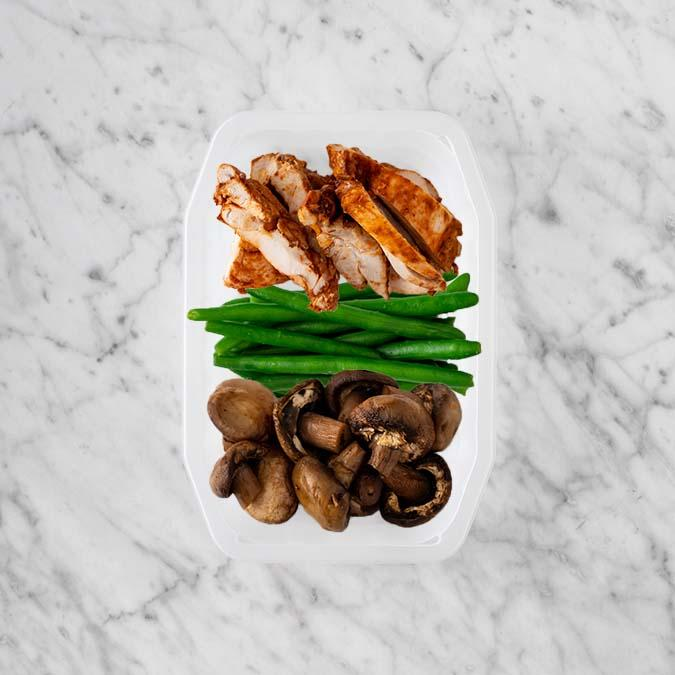 100g Chipotle Chicken Thigh 100g Green Beans 100g Mushrooms