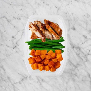 100g Chipotle Chicken Thigh 100g Green Beans 150g Rosemary Baked Sweet Potato