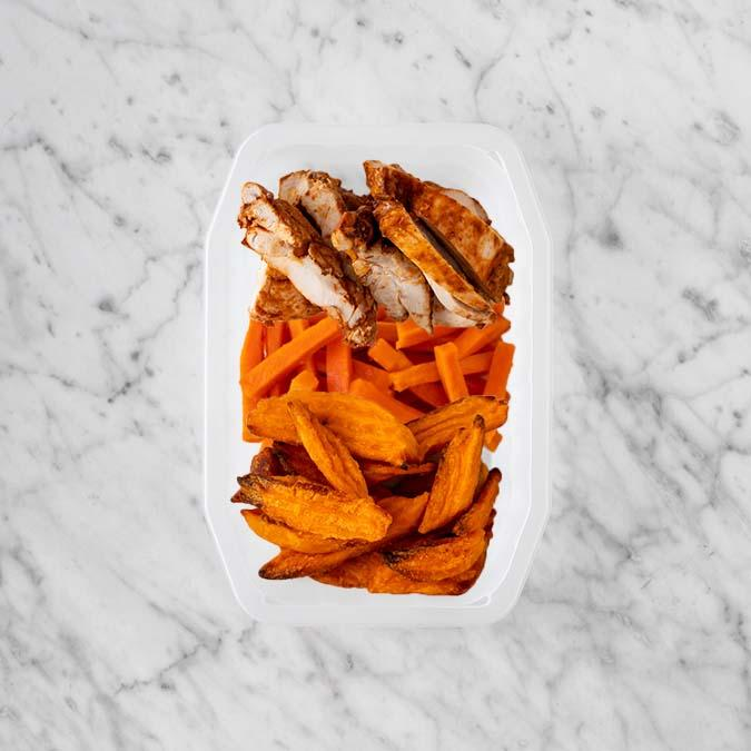 100g Chipotle Chicken Thigh 100g Honey Baked Carrots 50g Sweet Potato Fries