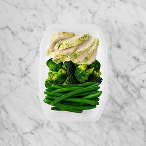 100g Garlic Herb Chicken Breast 50g Broccoli 200g Green Beans