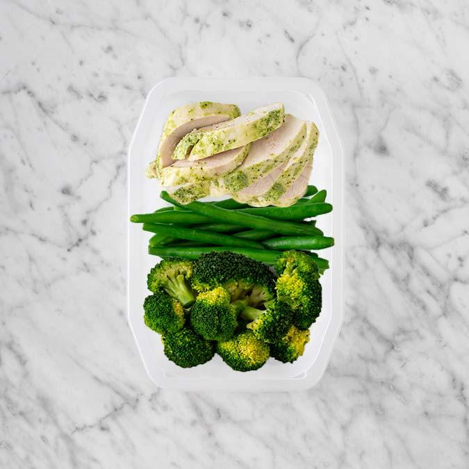 150g Garlic Herb Chicken Breast 100g Green Beans 100g Broccoli
