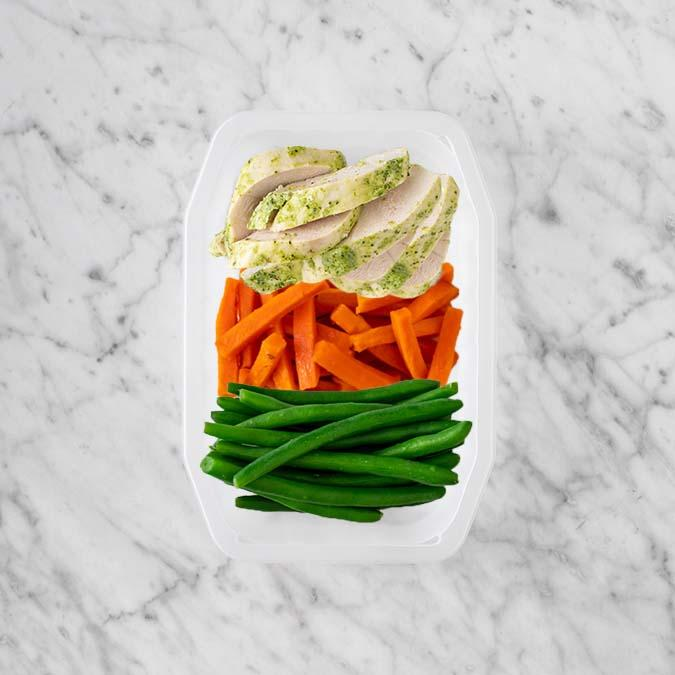 100g Garlic Herb Chicken Breast 100g Honey Baked Carrots 200g Green Beans