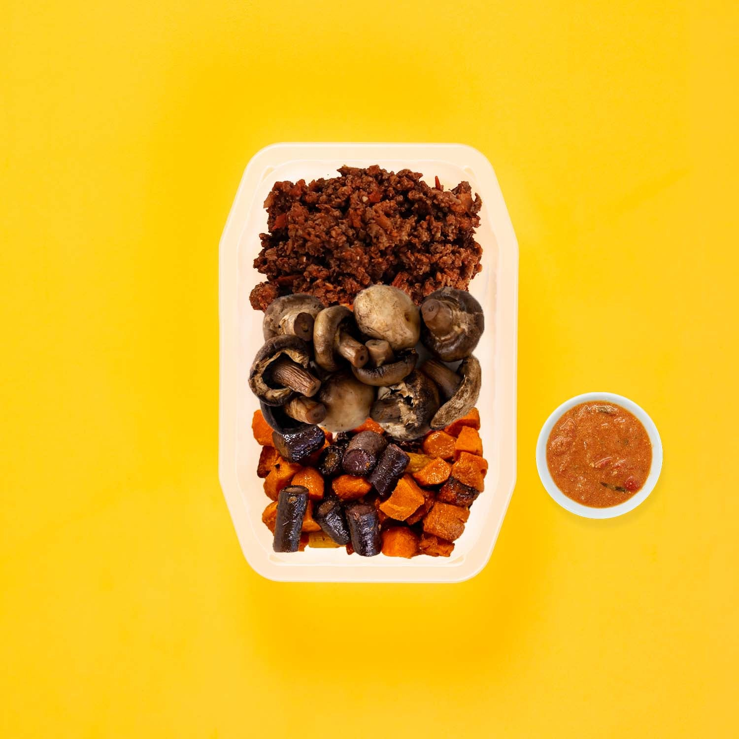 50g Lamb Moussaka 100g Mushrooms 100g Tri Baked Carrots Thai Red Curry