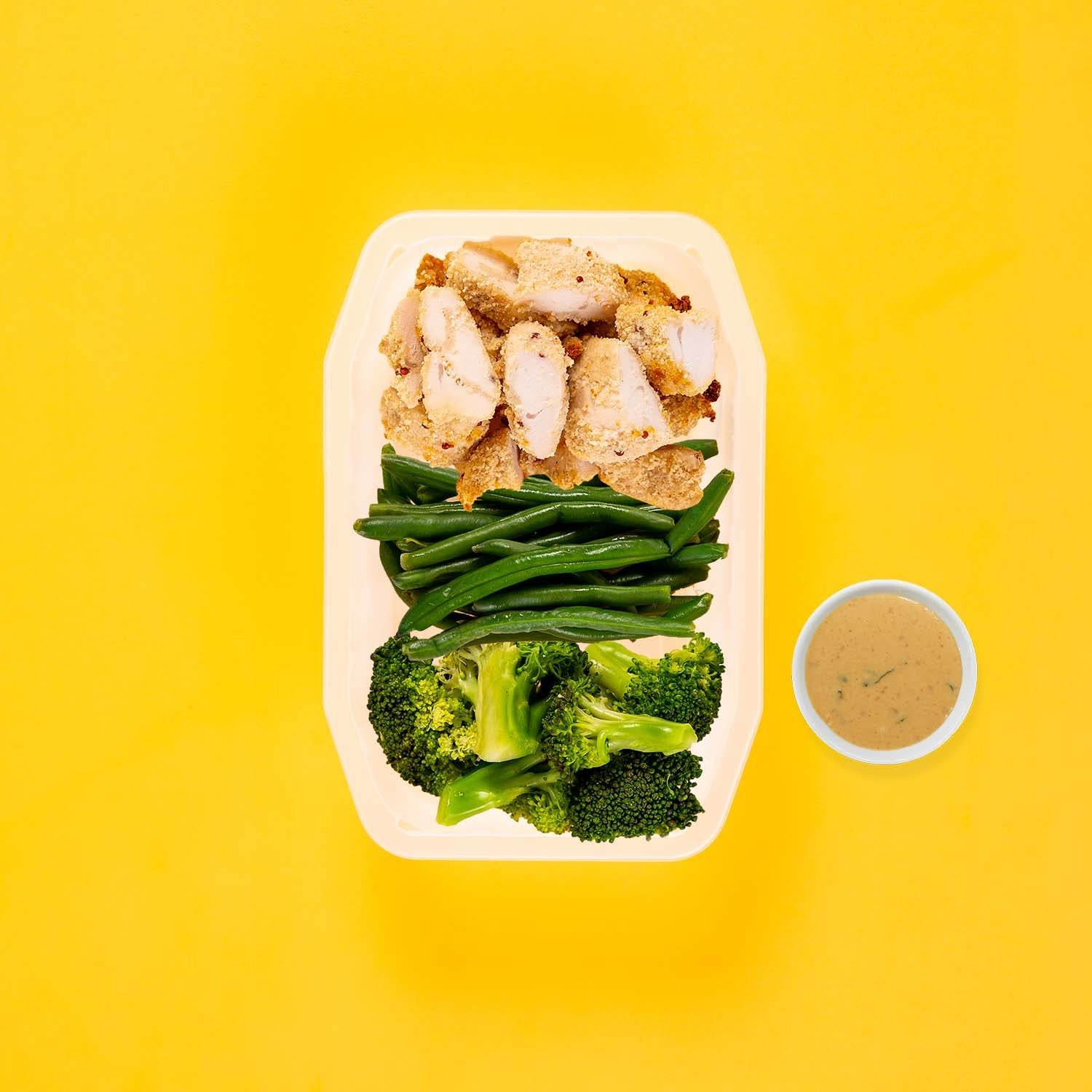 150g Quinoa Chicken Tenders 100g Green Beans 150g Broccoli Satay Sauce