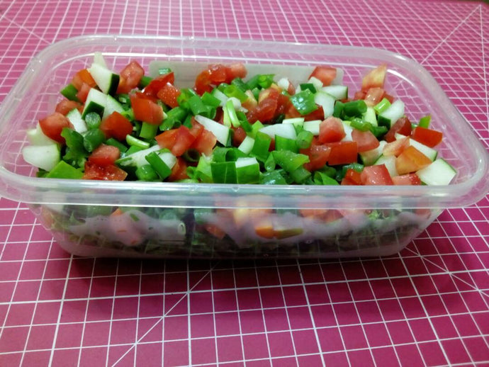 Freshcutsng.com offers a Delicious All Vegetable Salad that is made with very fresh vegetables. Our quick delivery solution ensures our meals are delivered Fresh and we offer free delivery for large orders. Try our great tasting Salad selection today, other options include: Full Meal Salad, Greek Salad, Mexican Salad, Salad with Shredded Chicken and much more.