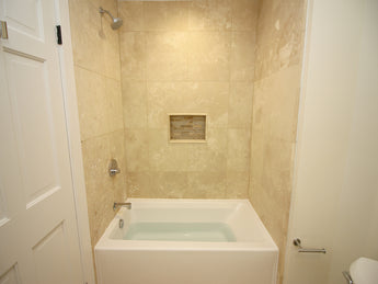 "Jacuzzi  White 60"" x 32"" Signature Three Wall Alcove Soaking Bathtub  (Right Drain)"