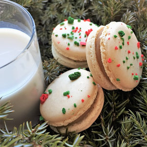 Tis' the season for these festive macarons!