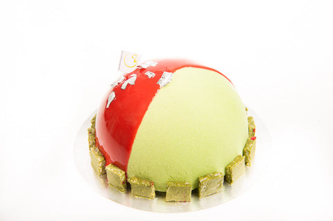 Pastry of the month of July = Fraisier!