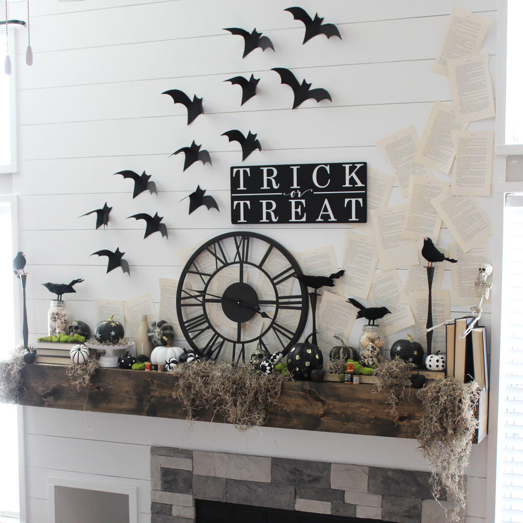 Trick or treat, halloween decor, halloween mantle, halloween signs, trick or treat signs, bats, handmade bats, wood signs, wooden signs, shiplap, farmhouse style, rustic, moss, pumpkin decor, crows, spooky, boo, halloween