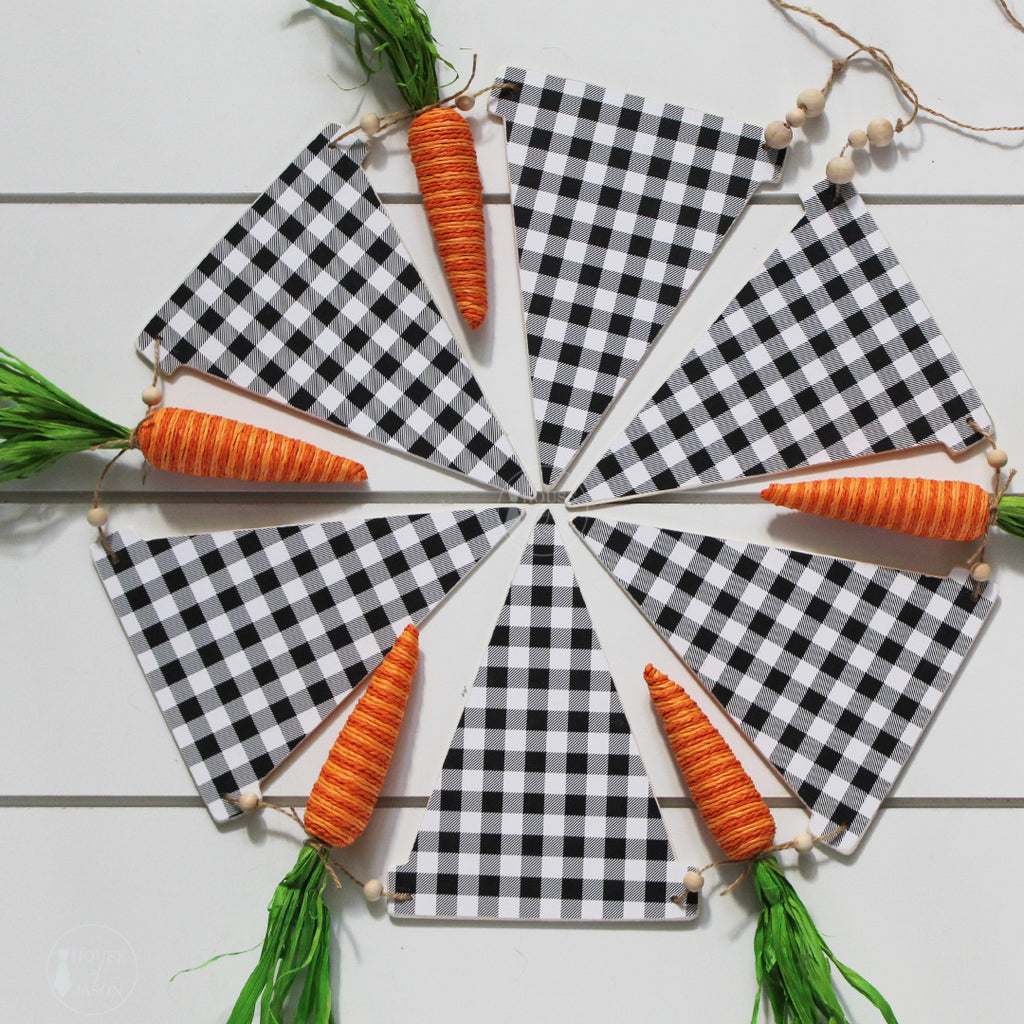 Black and White Checkered Wood Banner with Twine Carrots