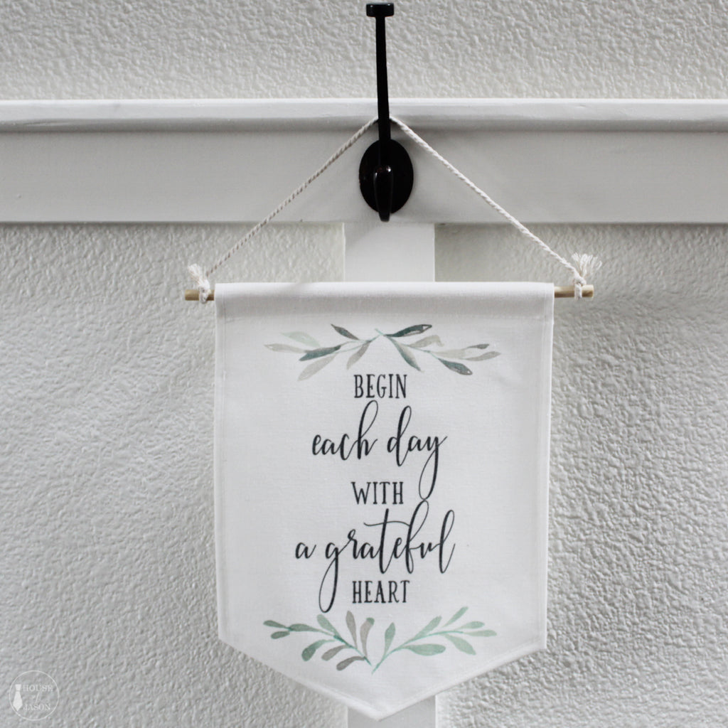Grateful Heart Canvas Banner