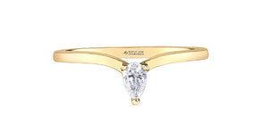14K Yellow Gold Pear Shaped Diamond Ring