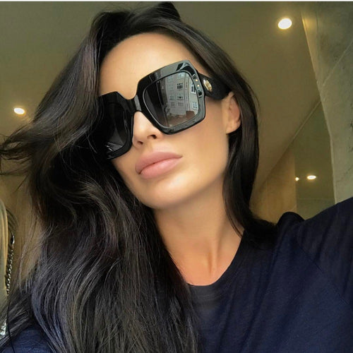 Thick Retro Square Sunglasses