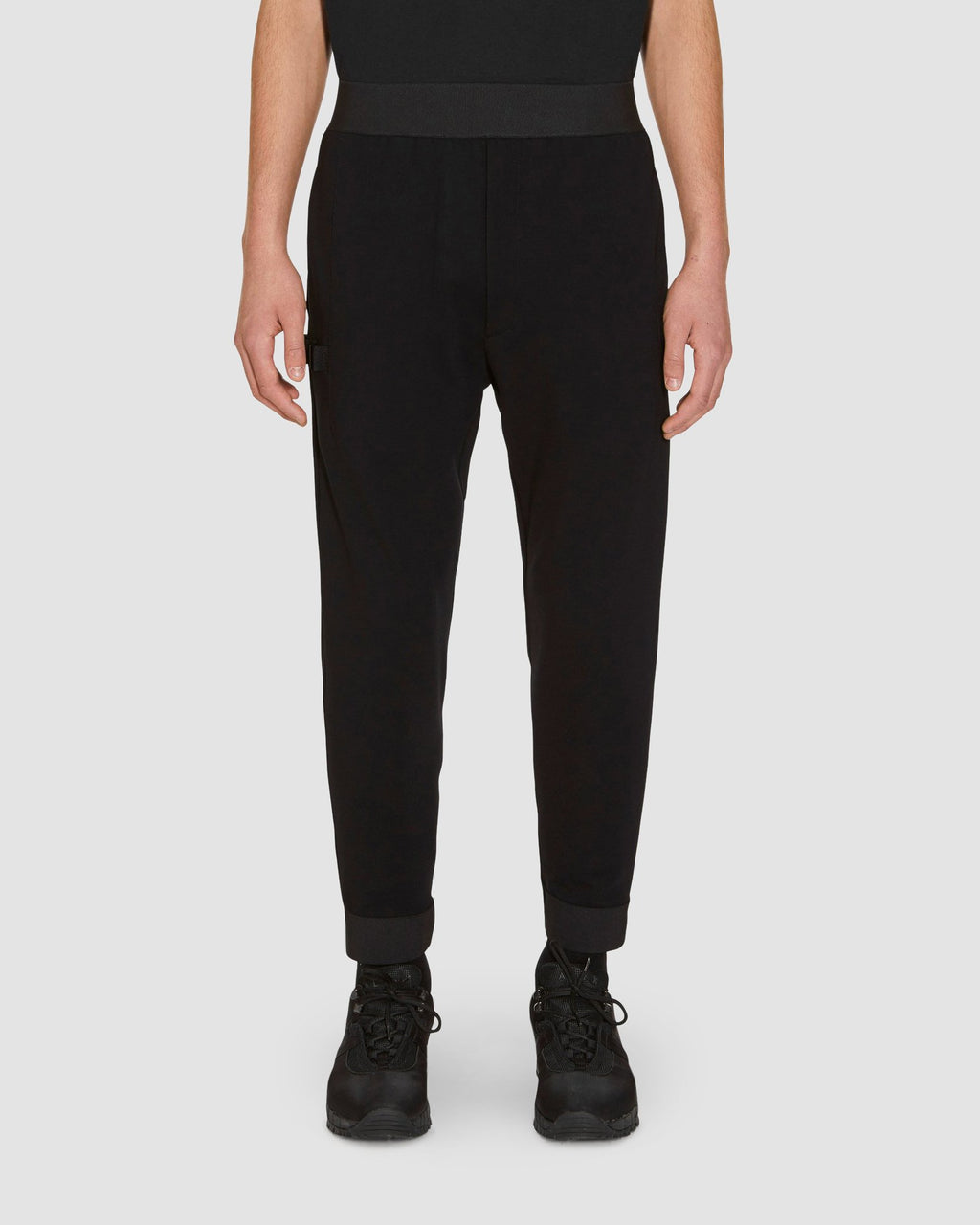 TRACK PANT W REMOVABLE POUCH