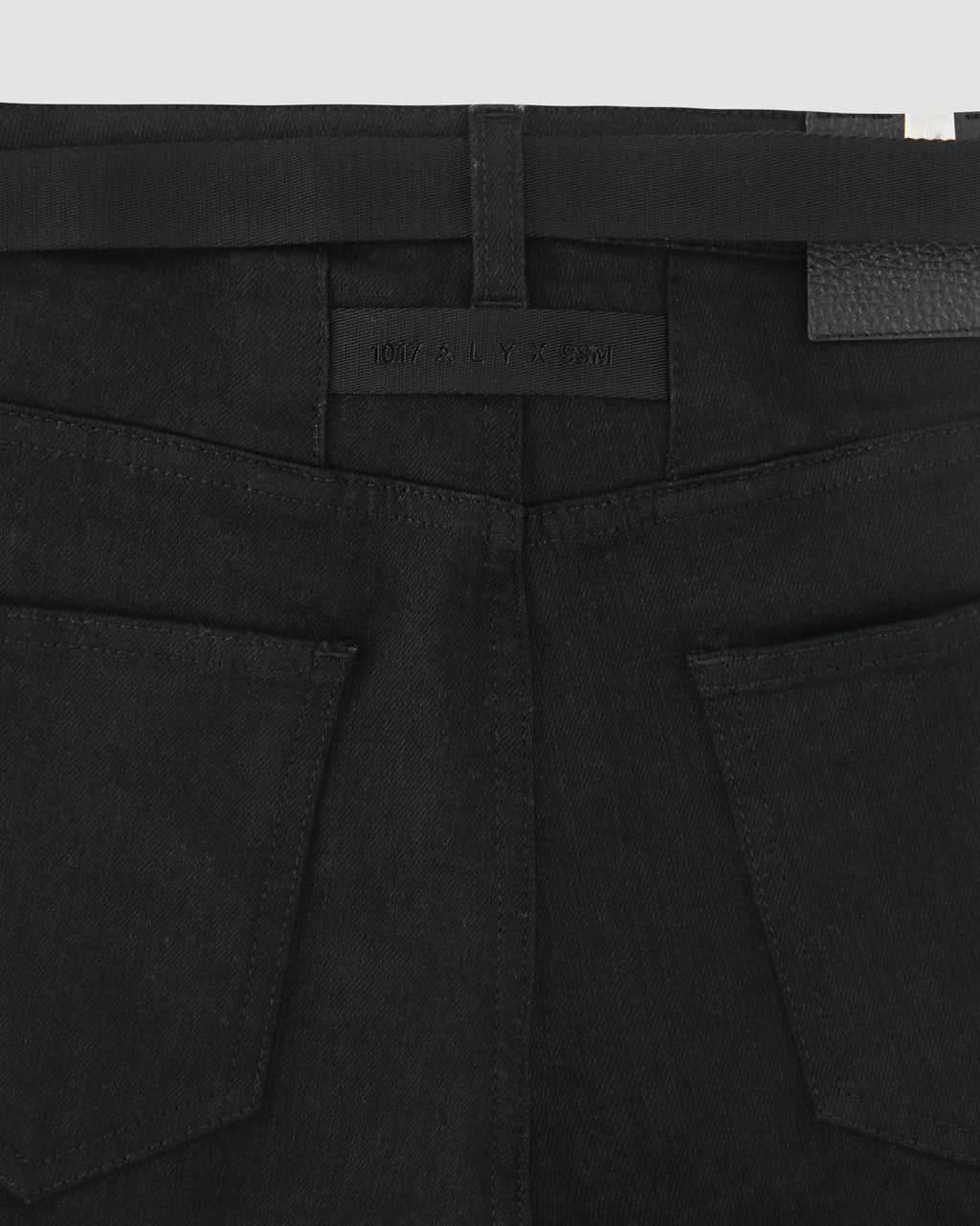 TRUE BLACK 6 POCKET WOMENS JEANS