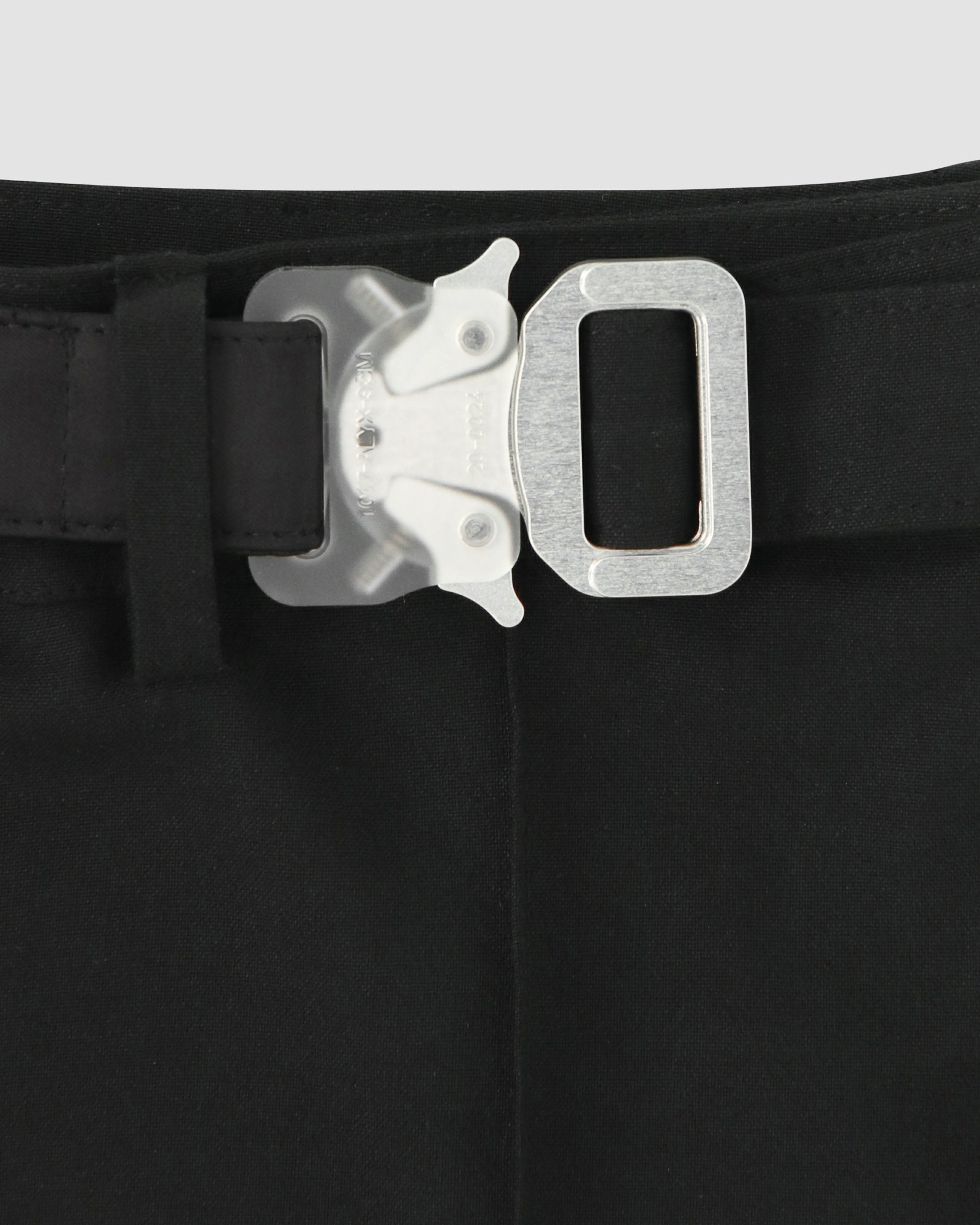 DOUBLE BUCKLE MINI SHORT