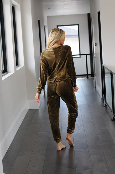 Velour 2 Piece Loungewear Set
