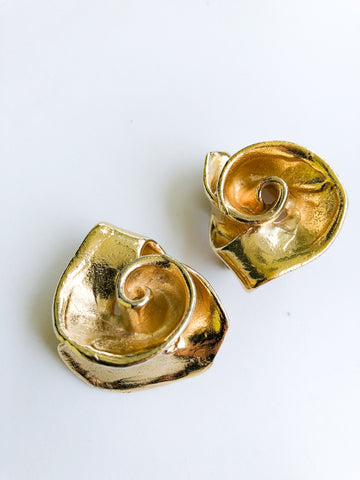 Natural Swirl Gold Earring