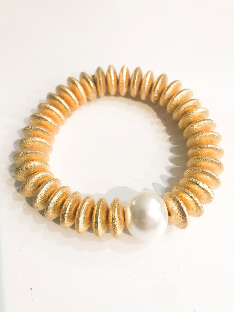 Gold Disc and Pearl Stretch Bracelet