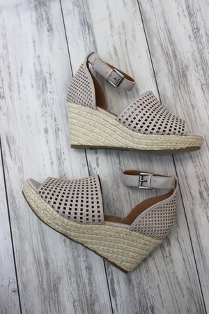 Warrior Platform Wedge - Cream