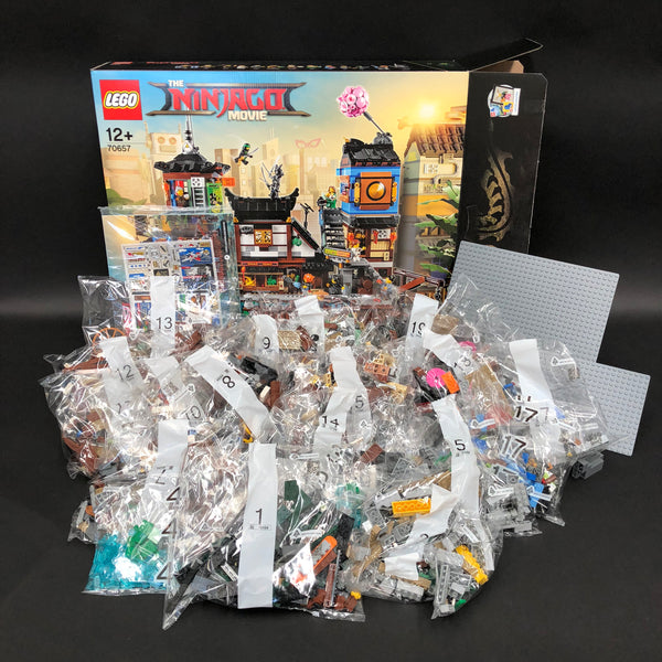Ninjago City Docks contents out of box